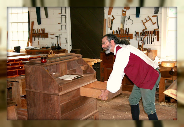 Living In Williamsburg Virginia Cabinet Maker Shop