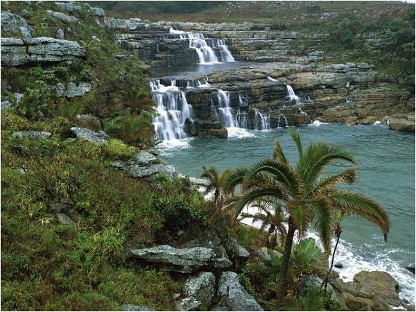Resultado de imagem para imagens de paisagens lindas de Angola