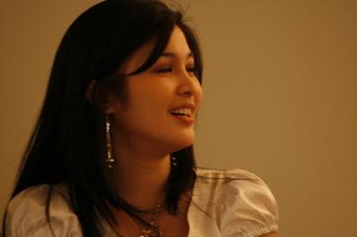Sandra Dewi tidak foto bugil