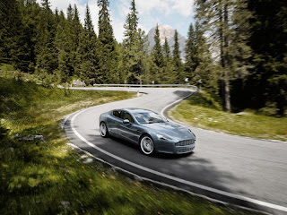 Rapid(e) end of sexy Aston Martin ?