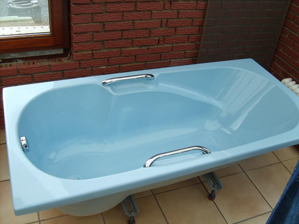 dj marco petit conseil comment repeindre votre baignoire ces possible. Black Bedroom Furniture Sets. Home Design Ideas