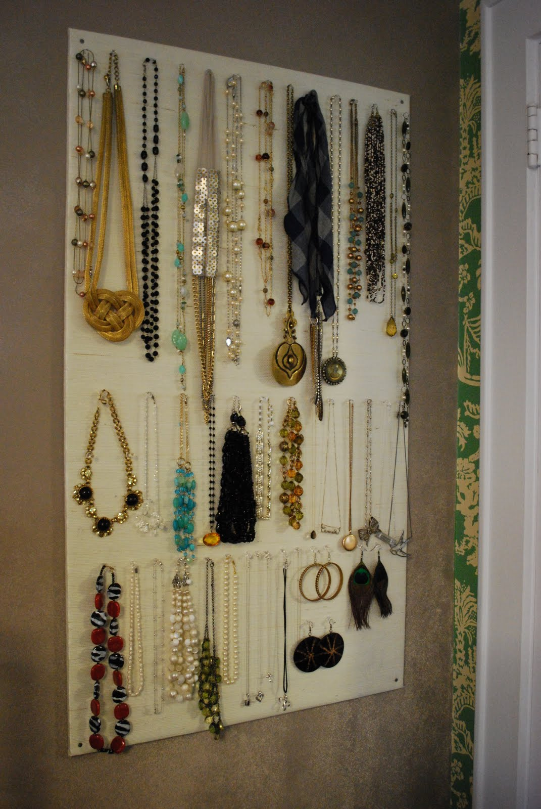 High-Heeled Foot in the Door: DIY: Homasote Jewelry Organizer