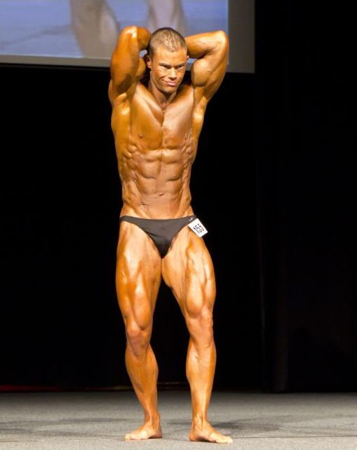 Lange — Competitor doing Leangains approach