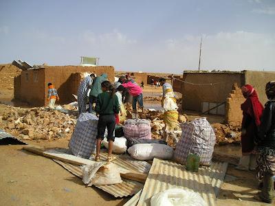 Prop de 5 tones d'aliments s'han recollit entre PLF, Malgrat , Tordera i Sta Susanna per ajuda humanitària al Sahara.