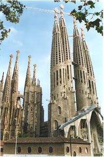 No ha pogut ser; el nostre castell no és una de les 7 meravelles de Catalunya.