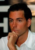 L'oposició de Blanes fa rescindir el contracte amb el nedador David Meca.
