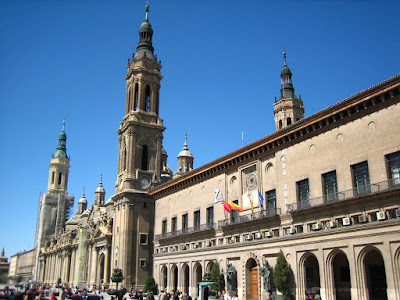 Basílica del Pilar y Ayuntamiento