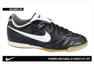 Футзальные бутсы Nike Tiempo