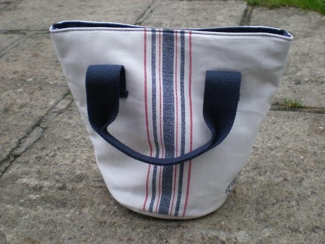 Liz Earle bag