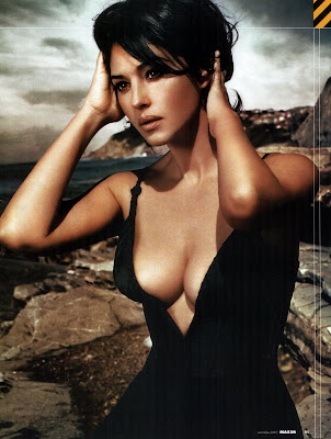 Monica Bellucci sexy woman
