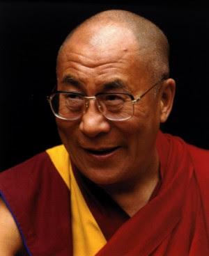 Foto de Dalai Lama, do blog Licor Musashi.