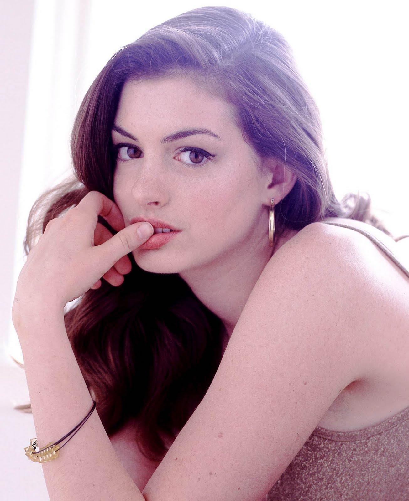 Aboutnicigiri: Anne Hathaway