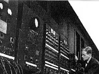 5 Sejarah Generasi Komputer dari Awal hingga Sekarang Termasuk Gambarnya