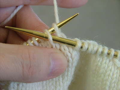 How To Increase Stitches In Knitting Continental : KNITTING DOUBLE DECREASE Free Knitting Projects