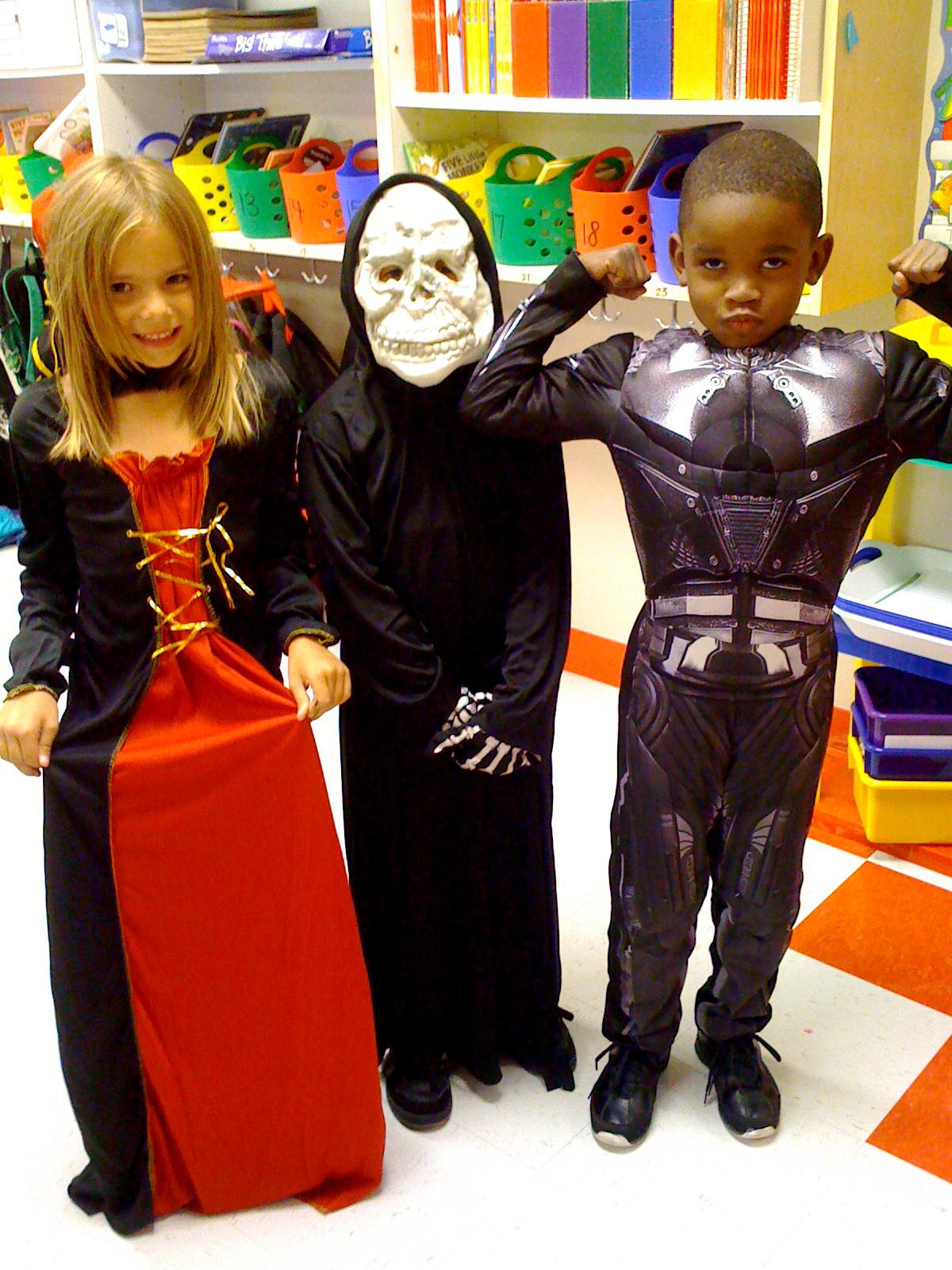 Fun In First Grade Halloween Parade