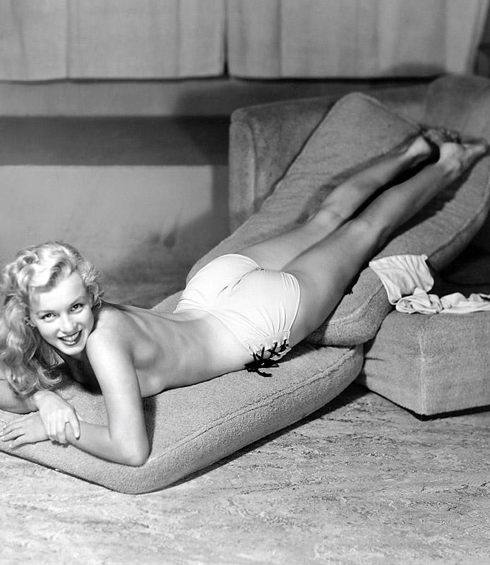 [Marilyn+Monroe+9.jpg]