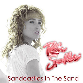 How I Met Your Mother - Robin Sparkles - Sandcastles In The Sand