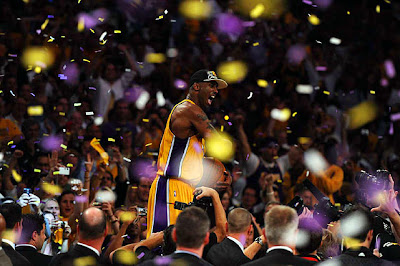 2010 NBA Champion LA Lakers - Kobe Bryant Celebrating Winning the NBA Championship