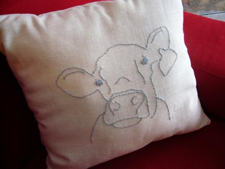 [cow+embroidery+pillow.JPG]