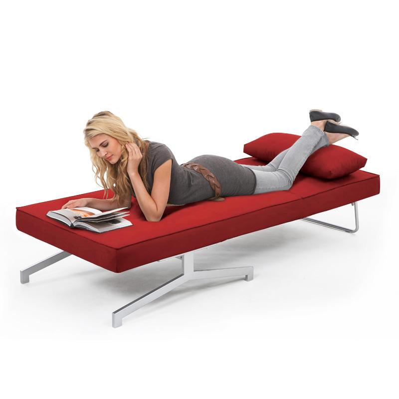 fauteuil ou canap tout simple il se transforme en lit d. Black Bedroom Furniture Sets. Home Design Ideas