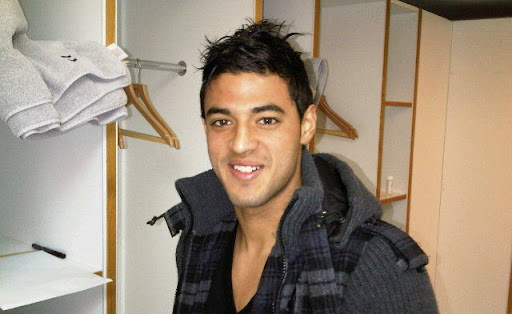 Cesc Fàbregas posted this picture of Carlos Vela on his Twitter feed