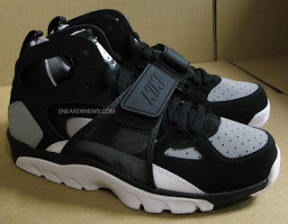 new product 3b40a ab686 ... italy the huarache line has and will always be one of nikes most  popular 90s line