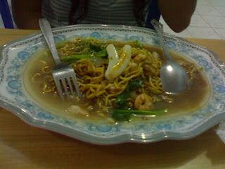 Mie Basah - Rumah Makan Nelayan Tarakan (Restoran Thailand)