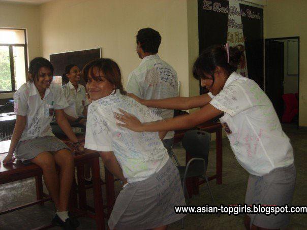 Sinhala Nude Girls Photos