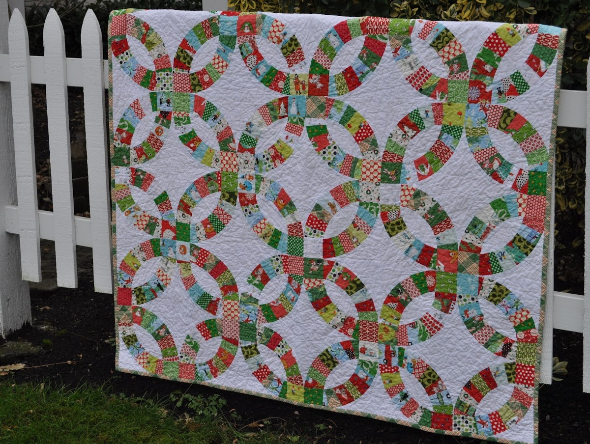 Christmas Pickledish Quilt!