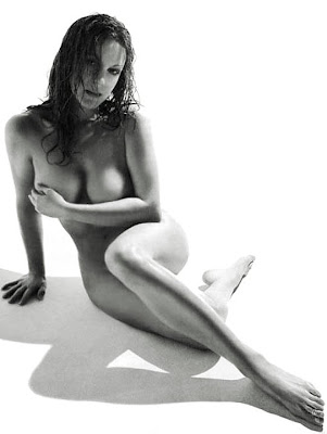 Elizabeth Perkins nude
