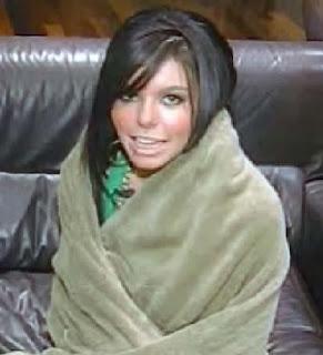 Setara Qassim with cleavage