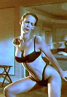 Jamie Lee Curtis striptease