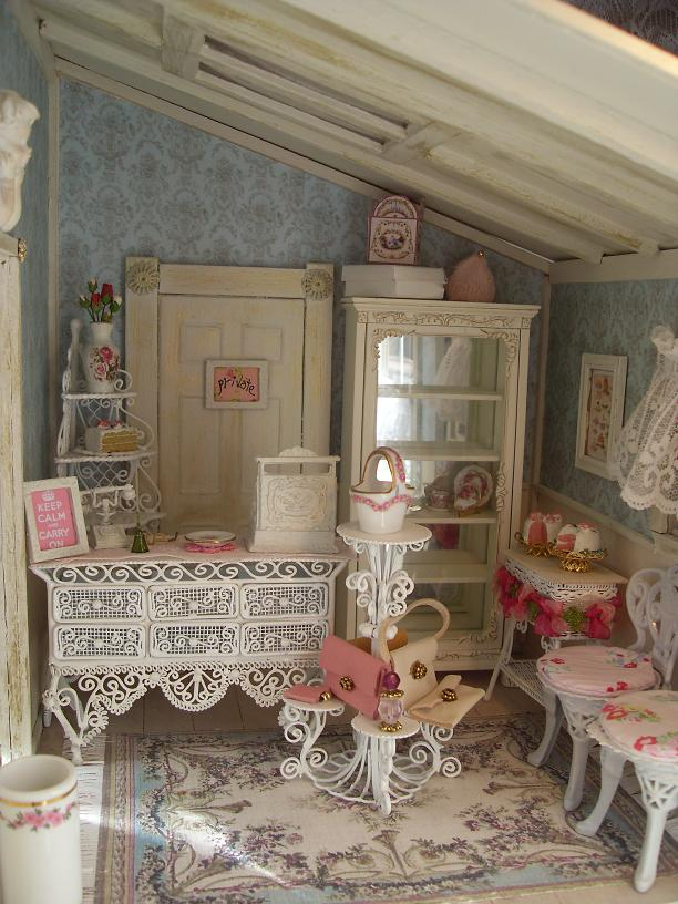 shabby chic salon on pinterest home hair salons hair. Black Bedroom Furniture Sets. Home Design Ideas