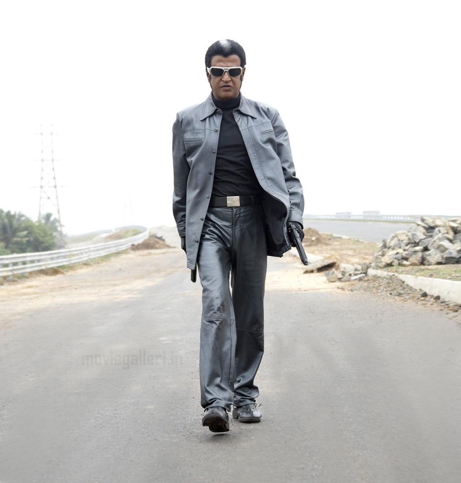 Murattu Kaalai Movie Latest Stills: Enthiran Latest Stills, Endhiran New Images, Photos, Pics
