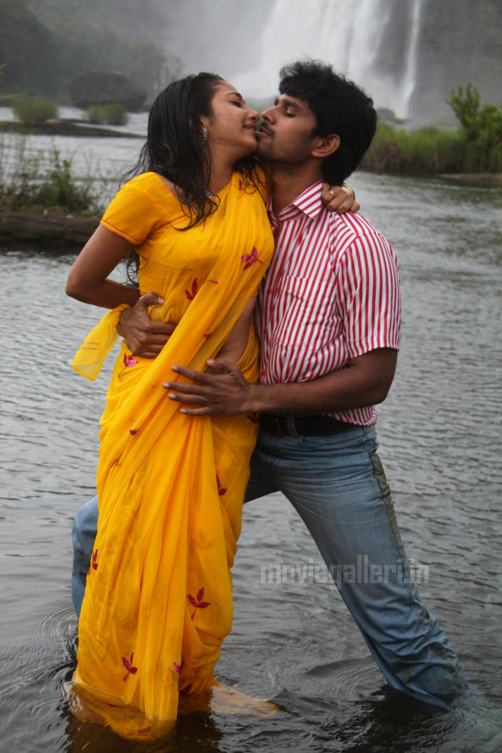 Tamil cinema hot stills