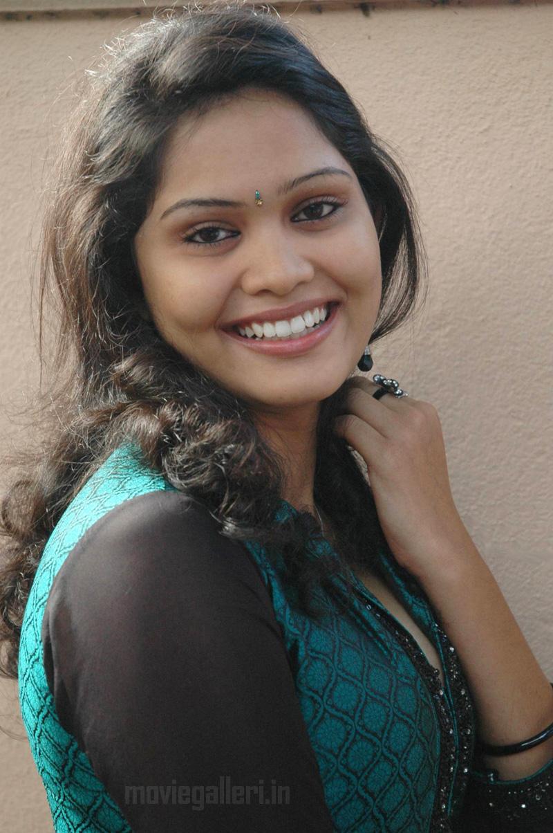 test: Karungali Movie Actress Asmitha Stills, Karungali ...