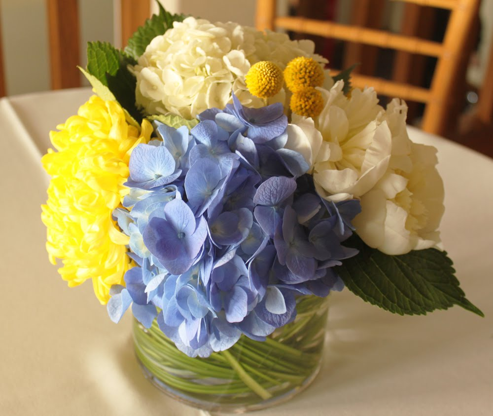 Yellow Wedding Flowers Ideas: Wedding By Designs: Blue And Yellow-Flower Wedding Collection