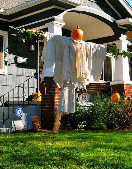 Salvaged and Repurposed Halloween Decor