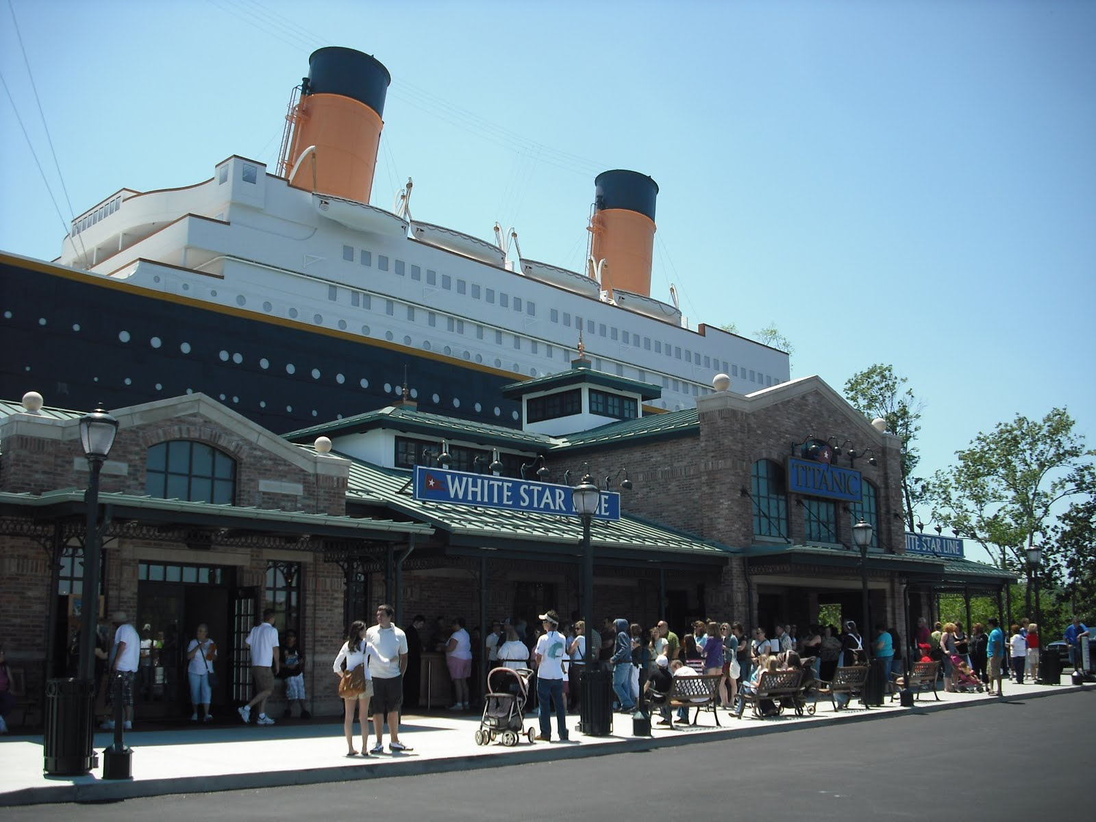 Kentucky Travels: The Titanic Museum Pigeon Forge, TN