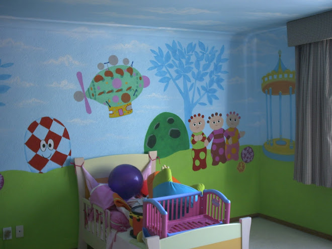 "MURALES DECORATIVOS ""IN THE NIGHT GARDEN"""