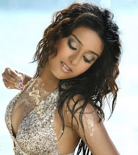 Hot Photos Of Amrita Rao