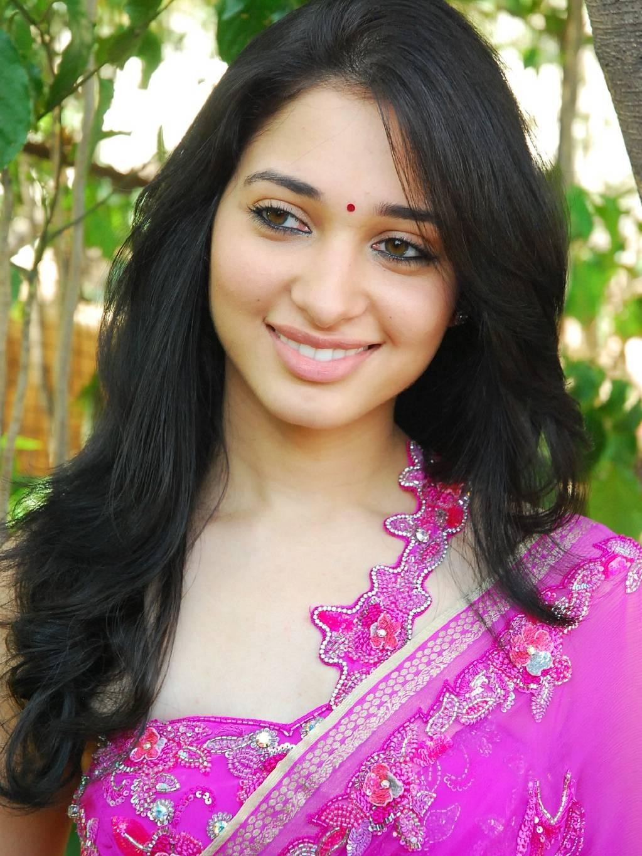 Cute Actress Hot Photos
