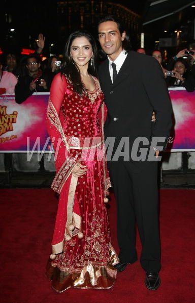 Om Shanti Om Premiere Deepika Padukone Archives - High ...