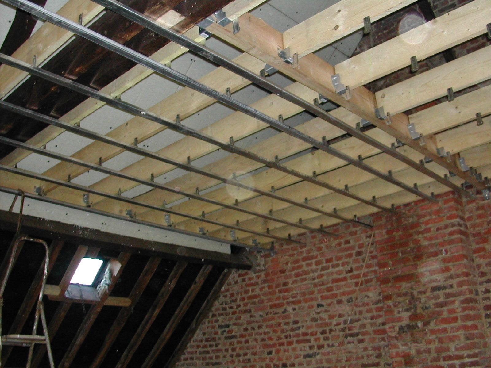 philipperenovation am nagement des combles charpente plafond suspendu. Black Bedroom Furniture Sets. Home Design Ideas