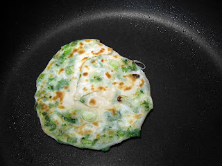 Morsels of Life - Cong You Bing (Chinese Scallion Pancakes) - Flaky Chinese pancakes with scallions, pan fried to perfection.