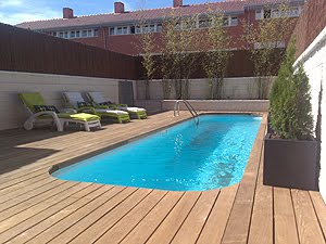 Colores Para Decorar Piscinas Pequenas Y Alargadas De Exterior - Decoracion-piscinas-exteriores