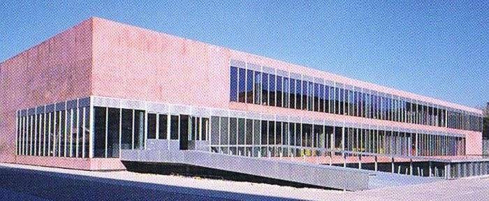 Fotos de arquitectura tercer premio for Universidad complutense de madrid arquitectura
