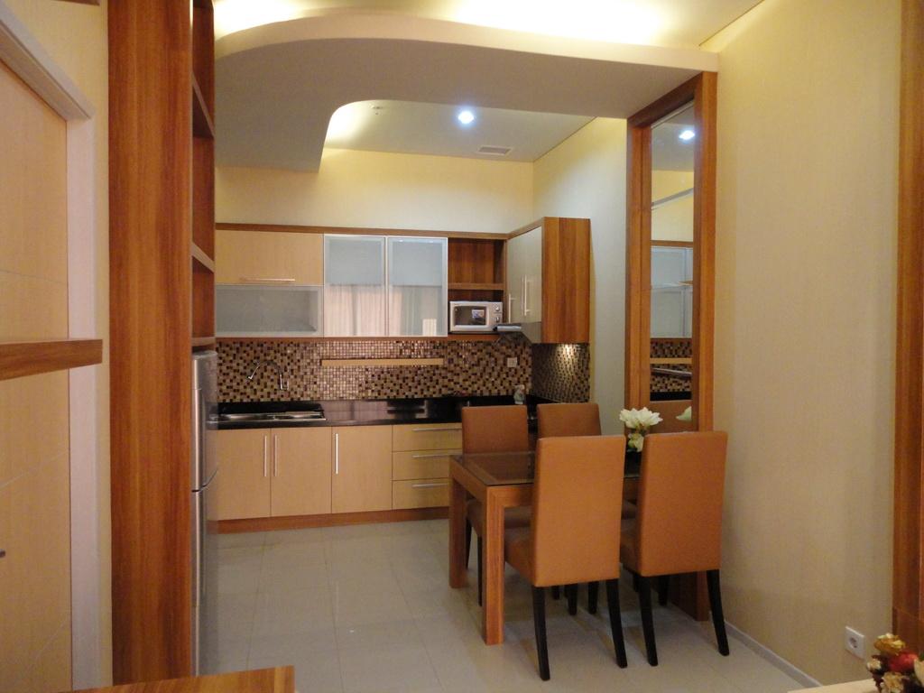 Interior Desain Furniture Untuk Kitchen Set Kamar
