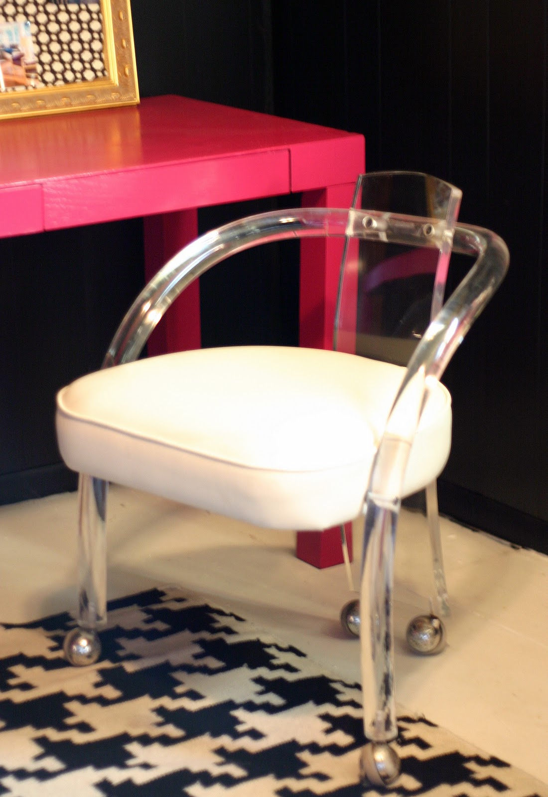 Clear Plastic Desk Chair Hydraulic Salon Repair Pink 6k Pics