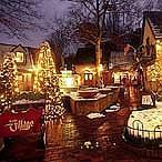 Gatlinburg Christmas Parade.Smoky Mountain Travel Tips Gatlinburg Christmas Parade Dec 7th